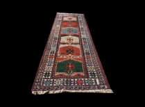 1476-9 a Runner Authentic Old Persian Yalameh